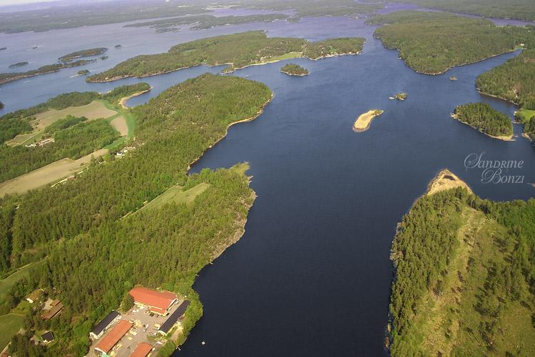 Descente vers l'aéroport d'Oslo-Rygge : vue sur les fjords